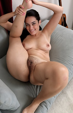 Hairy Pussy Porn Pictures
