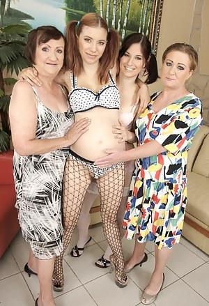 Pregnant Porn Pictures